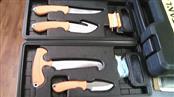 CAMILLUS Hunting Knife TITANIUM